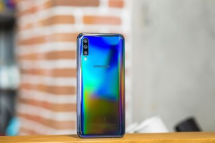 Samsung Galaxy A50 and Galaxy A70