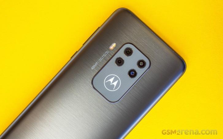 DxOMArk: Motorola One Zoom has good main camera, bad ultra-wide and telephoto