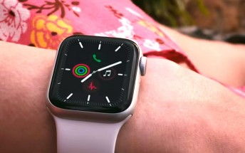 Product (RED) Apple Watch briefly spotted, reported to arrive in spring