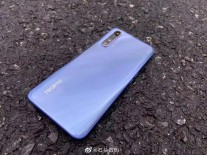 Leaked live images of Realme X50 5G
