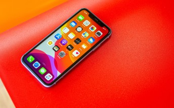 Apple App Store breaks record, earns $386m in a day in 2020