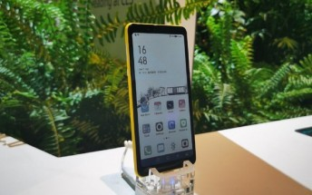 Hisense demoes phone with color e-Ink display at CES 2020