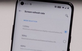 OnePlus 8 Pro 120Hz setting screen leaks with punch-hole selfie camera