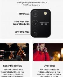 Screenshots from the FlipKart app
