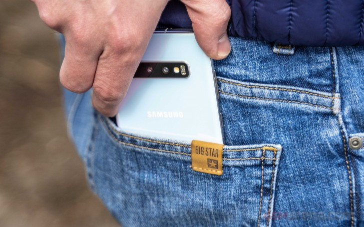 Samsung discounts the 1TB Galaxy S10+, it is now $1100