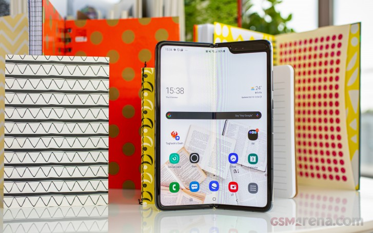 Samsung sold at least 400,000 Galaxy Folds in 2019