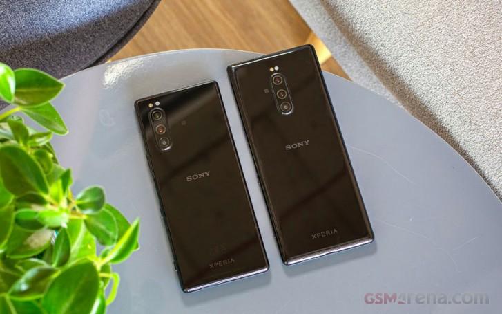 Sony Xperia 5 next to the Xperia 1
