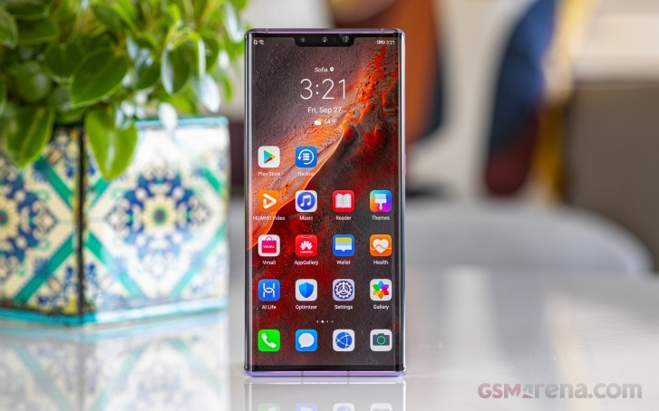 Huawei to pre-install 70 popular Android apps on its future smartphones