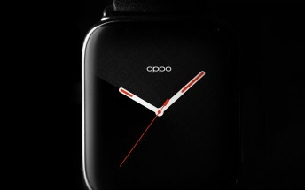 Second image of Oppo smartwatch shows the curved 3D glass