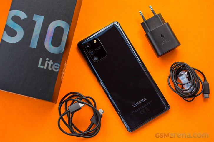 Samsung Galaxy S10 Lite in for review