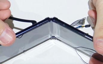 Samsung Galaxy Z Flip teardown suggests reasonable repairability