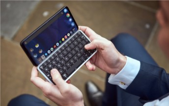 Astro Slide 5G Transformer smartphone comes with a slide-out QWERTY keyboard