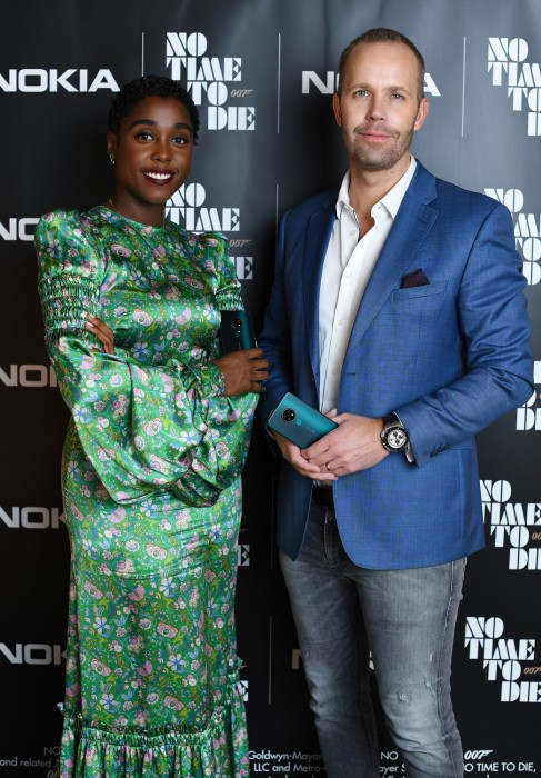 Lashana Lynch (left) with HMD Global's CPO Juho Sarvikas (right)