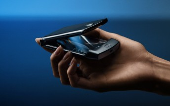 Motorola delays RAZR sales in India to April 15