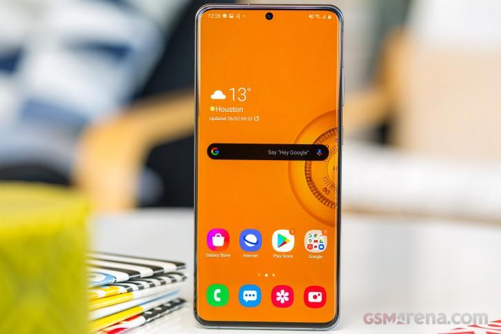 يحصل Samsung Galaxy S20 و S20 + و S20 Ultra مع Exynos SoC الآن على تحديث يعمل على تحسين التركيز التلقائي