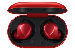 Samsung Galaxy Buds+ in Pink and Red colors