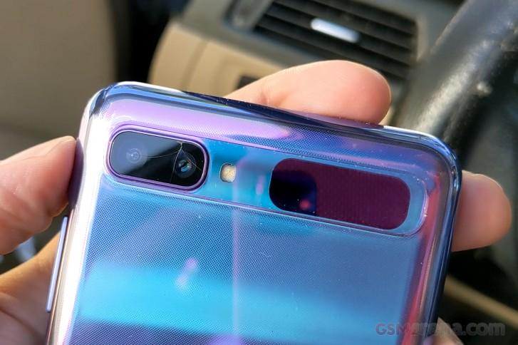 مغامرتي في استبدال الكاميرا المتصدعة لـ Galaxy Z Flip