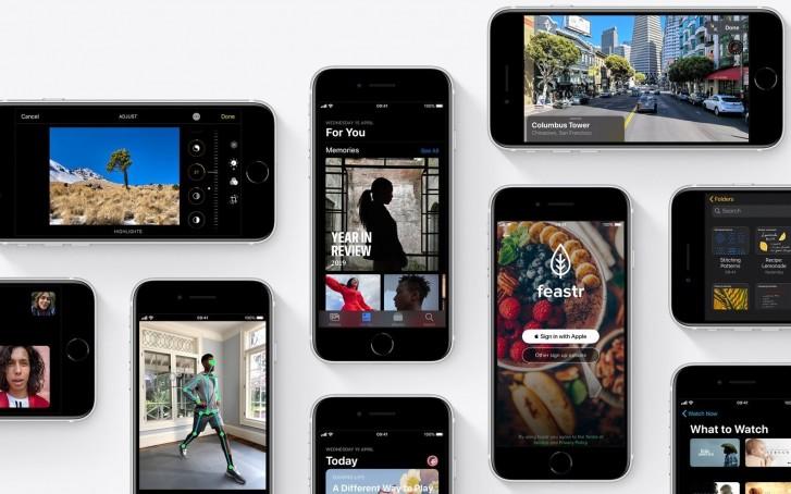 Apple iPhone SE (2020) has 3 GB RAM, 1821 mAh battery