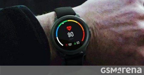 The Xiaomi Heylou Solar smartwatch is not solar-powered, but offers a lot of bang for your buck