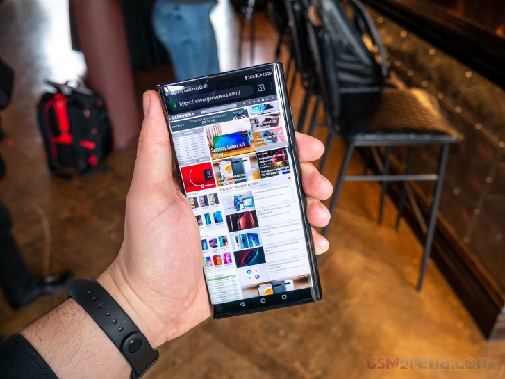 Huawei Mate Xs in for review