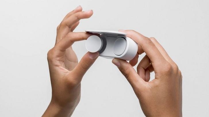 سيتم إطلاق سماعات Microsoft Surface Earbuds في أوروبا في 6 مايو ، بسعر 199 يورو