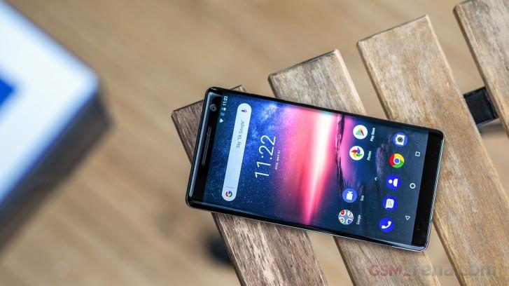 يتلقى Nokia 8 Sirocco تحديث Android 10 مع تصحيح الأمان لشهر أبريل