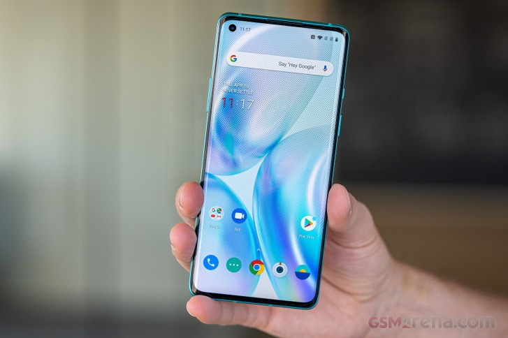 OnePlus 8 in for review