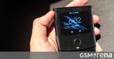 Motorola's foldable Razr finally receives Android 10 update