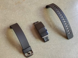 Realme Band comes with detachable TPU straps
