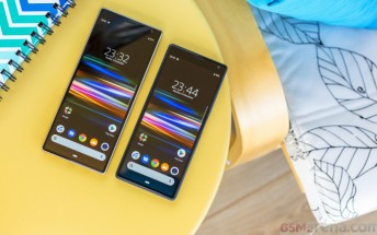Android 10 rolling out to Xperia 10 and 10 Plus