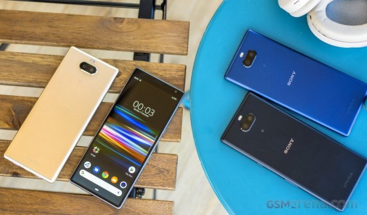 Android 10 rolling to Xperia 10 and 10 Plus