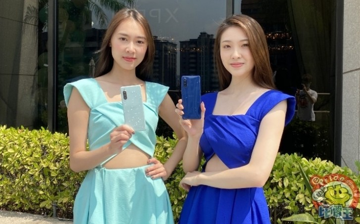Sony Xperia 10 II hits Taiwan in two new colors