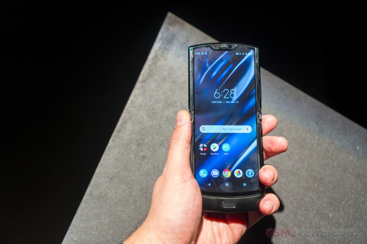 Motorola's foldable Razr is $500 off until June 21
