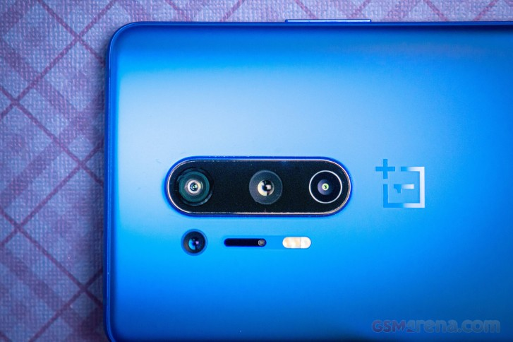 Indian OnePlus 8 Pro may have disabled color filter camera from the box