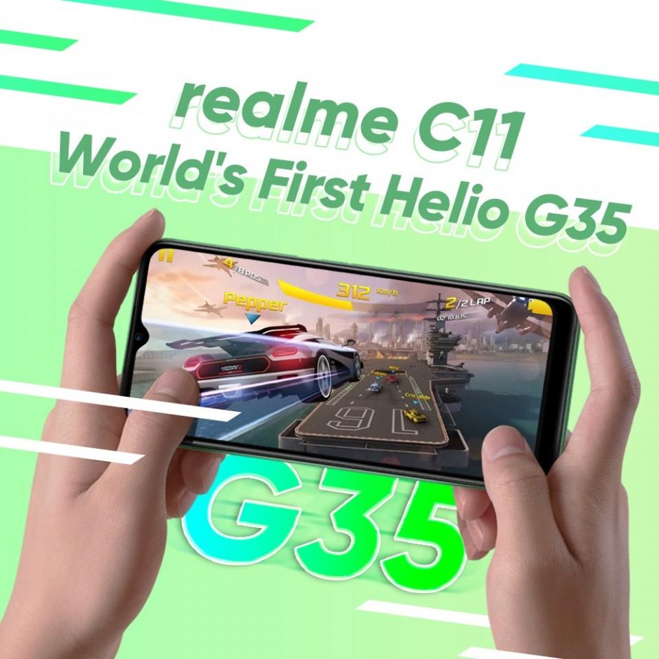 Realme C11.