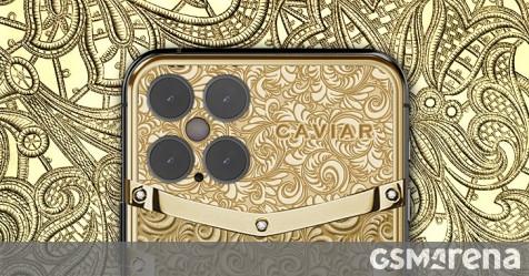 Thợ kim hoàn Caviar đã sẵn sàng để chế tác một chiếc iPhone 12 Pro trị giá 23.380 USD được phủ vàng khắc