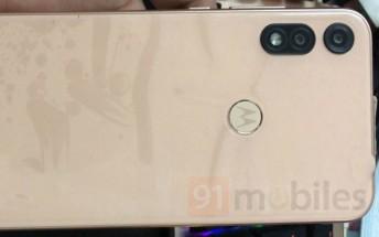 Moto E7 live images leak, confirming specs