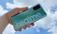 Realme V5 tours colleges to entice Gen Z fans, will have a 7 nm 5G chipset