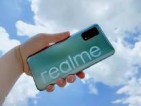 Realme V5 live shots