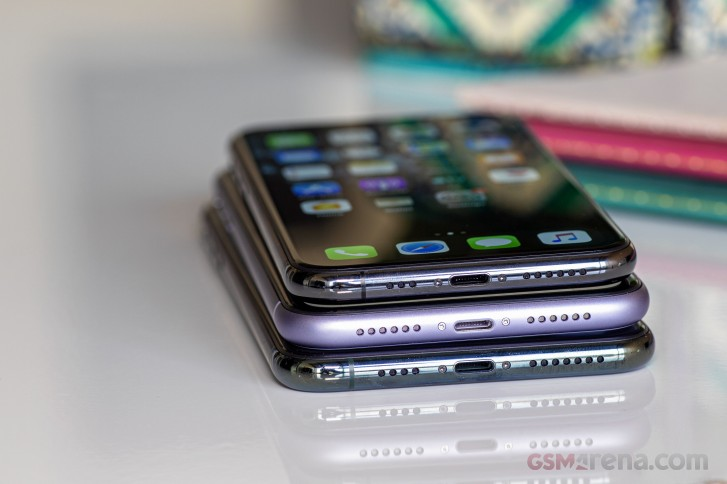 Kuo: Apple offsets 5G costs with cheaper battery design for iPhone 12 series