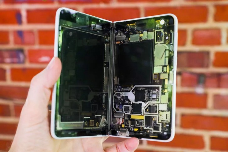 Microsoft Surface Duo teardown shows what it takes to make a thin dual screen device