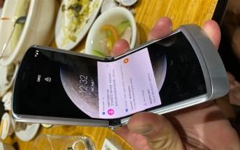 Motorola RAZR 5G photographed, shows redesigned chin