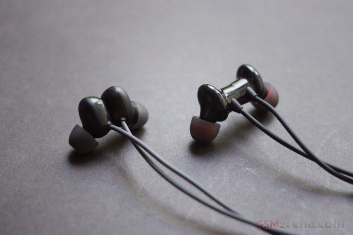 OnePlus Bullets Wireless Z vs Oppo Enco M31