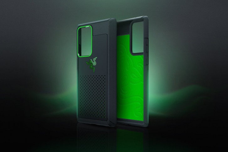 Razer made a special heat absorbing case for the Galaxy Note20 and Note20 Ultra