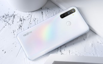 Realme 5 Pro and C3 get new color options