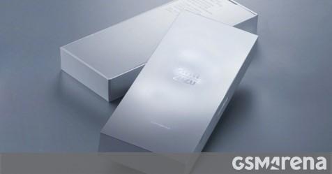 Xiaomi Mi 10 Ultra rò rỉ điểm mặt sau bằng gốm và trong suốt