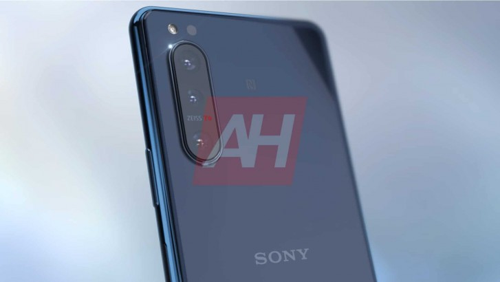 Sony Xperia 5 II specs leak alongside more renders