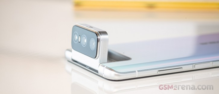 Asus Zenfone 7 and Zenfone 7 Pro launch globally