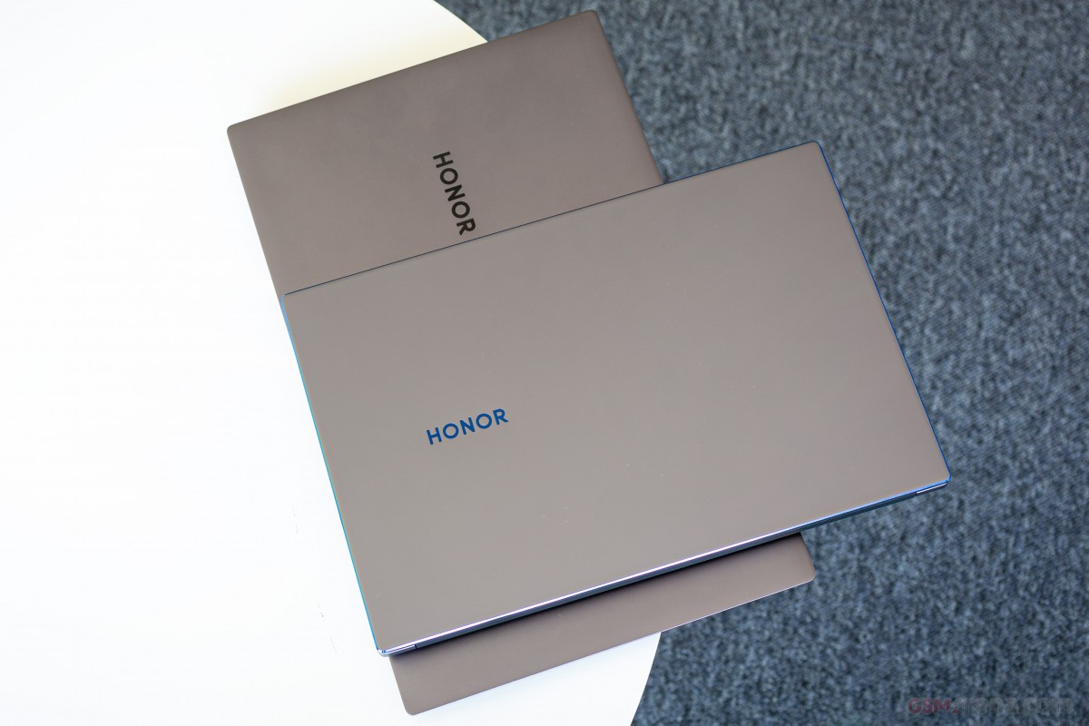 MagicBook 14 on top of MagicBook Pro