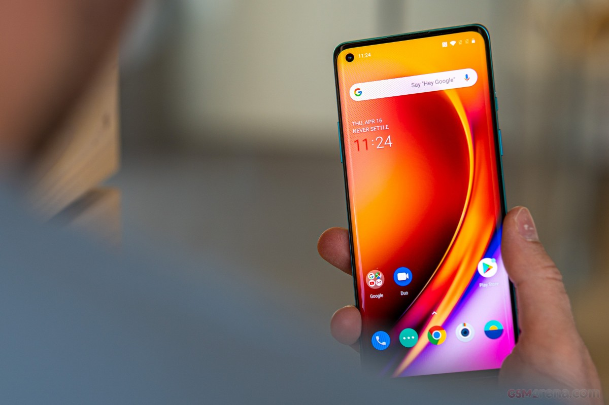 Pete Lau confirms 120Hz display on the OnePlus 8T and other features